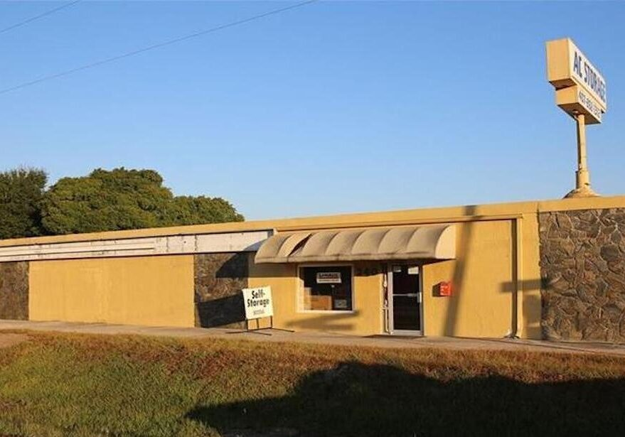 $945K Closing for Pawn Shop